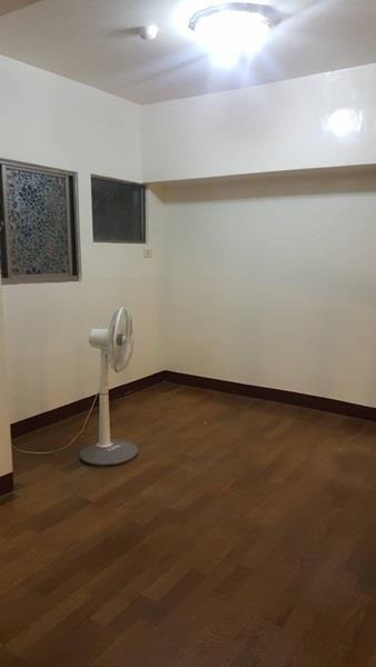 關新關東路里長伯3房華廈一樓車位- 1099370