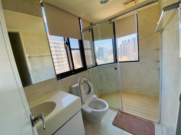 高鐵特區翡翠琉璃大4房面公園雙平車位- 1153307