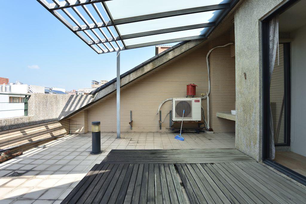竹北文化中心旁電梯花園車庫別墅~臨星巴克- 0802588